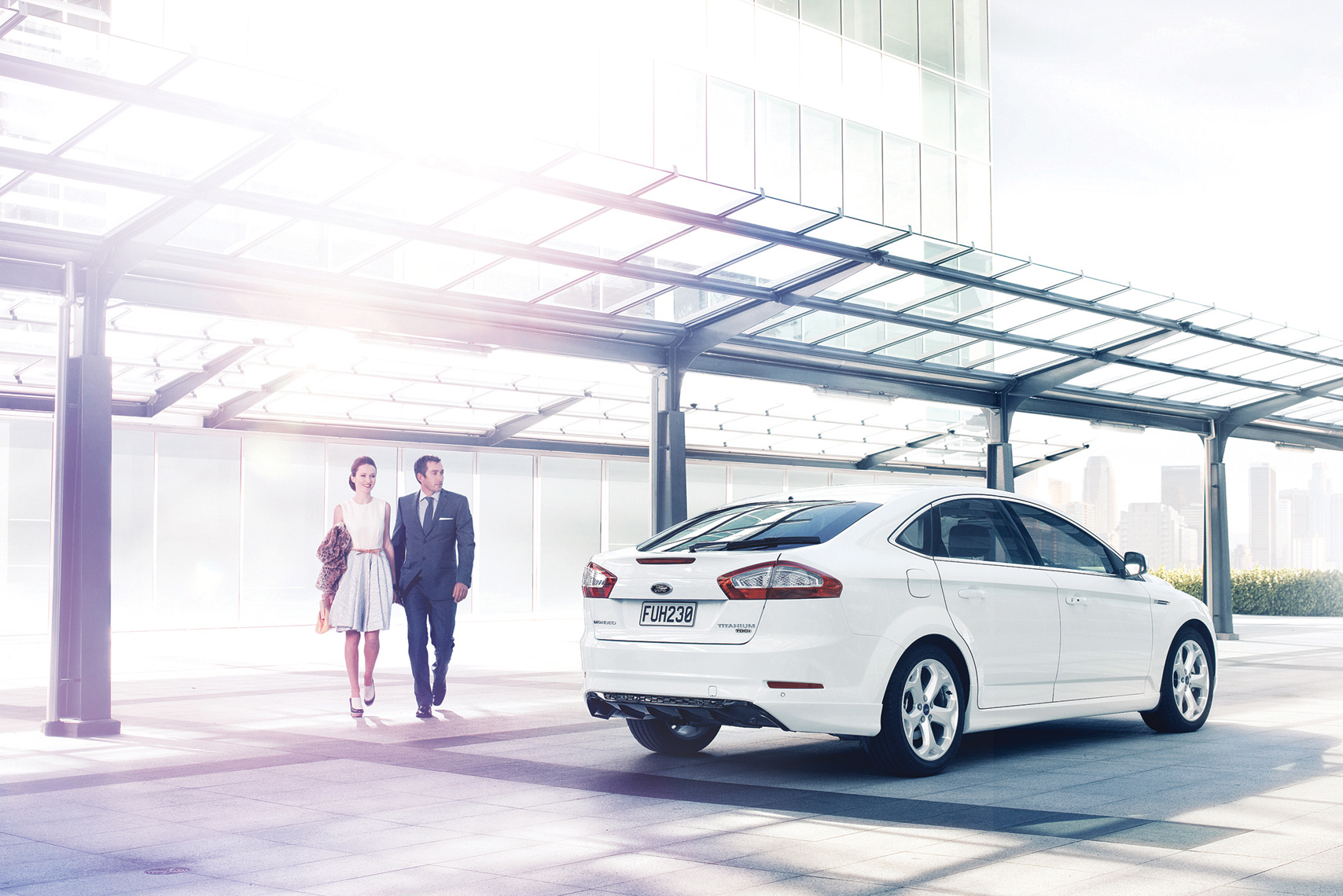 ChrisSisarich_Ford-Mondeo_JWT-Auckland-Couple