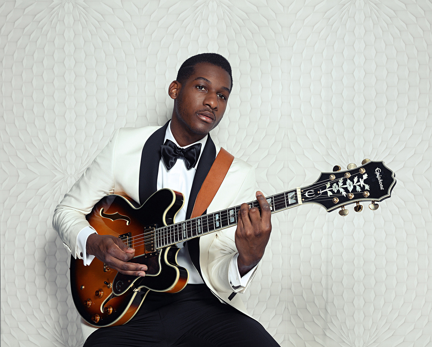 Leon Bridges MeekZ 4
